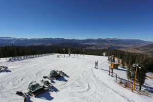 High-Five to Keystone's Mountain Operations team!
